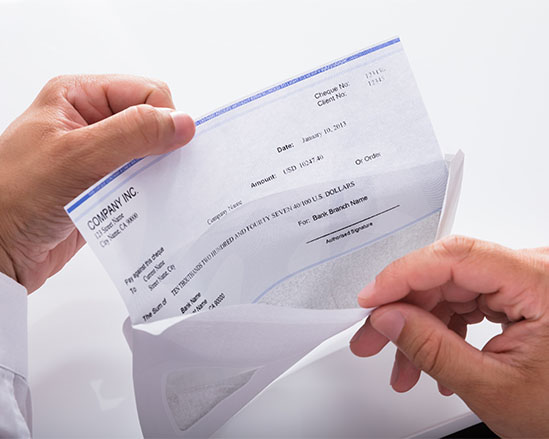 Ne laissez rien au hasard, externalisez vos lettres chèques en confiance avec Numen lettres chèques